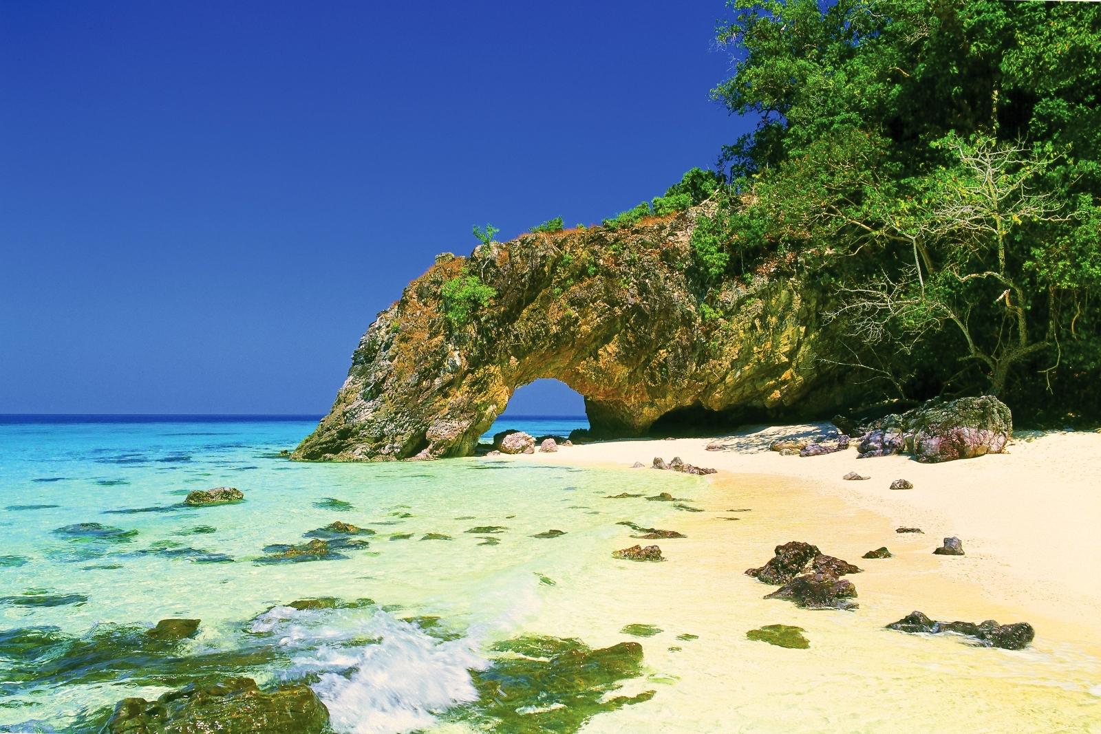 Khai Island is located inTarutao National Marine Park, Satun